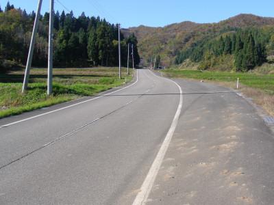 幸栄館への道