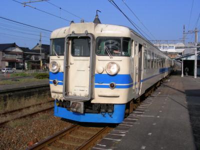 北陸本線谷浜駅