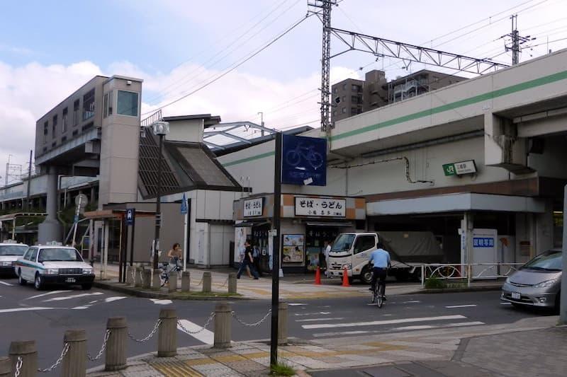 三郷駅 北口