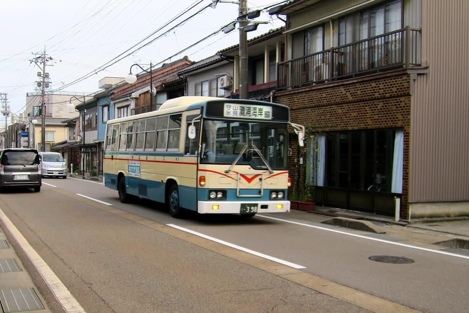 加越能バス