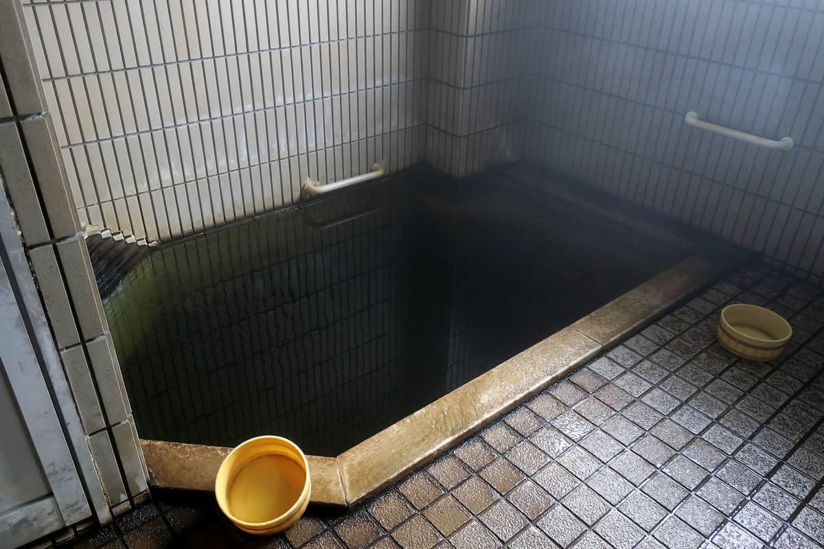 東鳴子温泉 勘七湯 小浴室